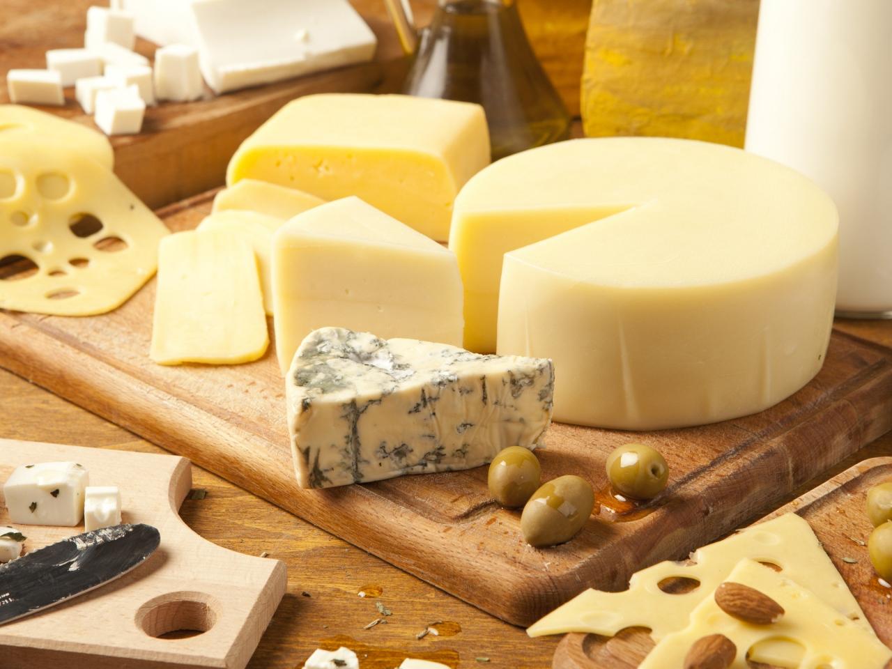 厳選】とろ~りたっぷりチーズを使ったパスタ料理を5つ紹介!|RecipeMemo[レシピメモ]