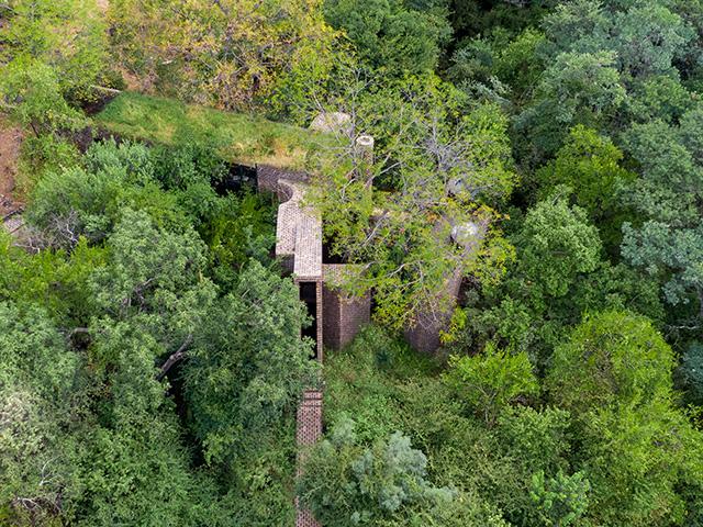 frankie pappas south africa narrow house - self build homes - grand designs
